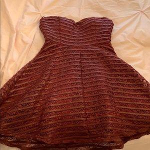 Dresses & Skirts - sweetheart neckline dress